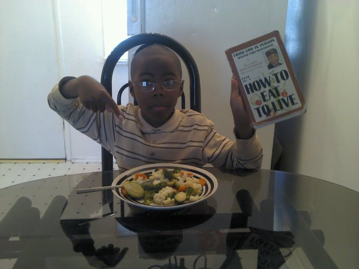 HAKIM EATING TO LIVE